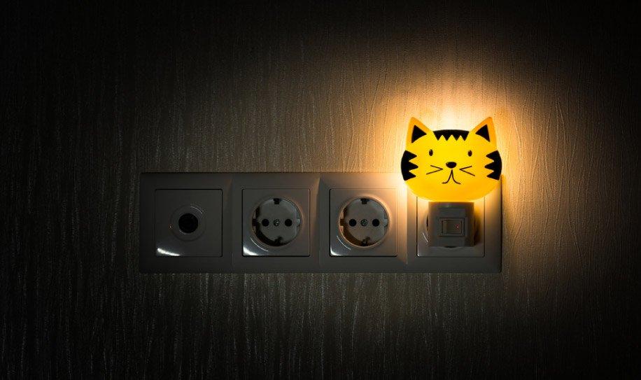 art-04-Dejar-encendidas-las-lamparas-nocturnas