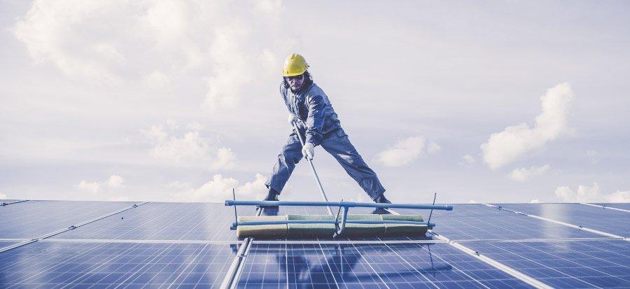 art-09-Mantenimiento-del-sistema-de-paneles-solares