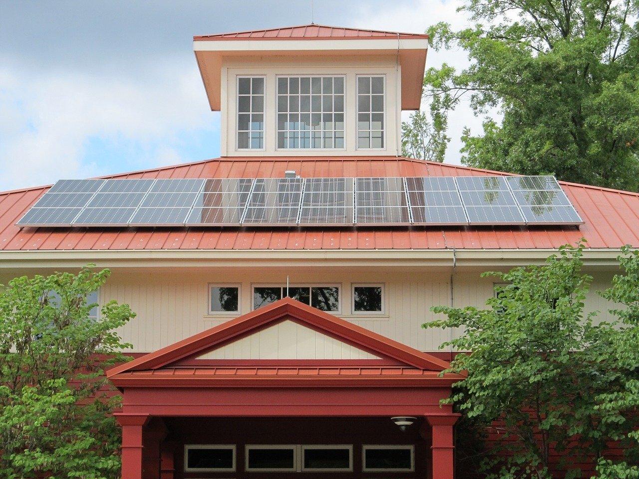 Venta de paneles solares para alimentación sustentable de residencias en México